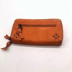 Lucky brand zip wallet
